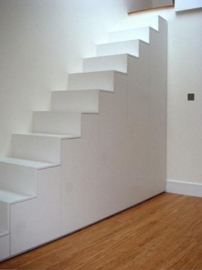 階段下のクローゼット1_[0].jpg